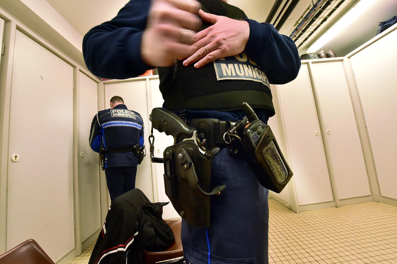 La généralisation du port d'armes pour les policiers municipaux